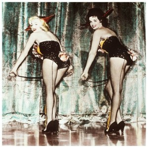 jane-russell-marylin-monroe-fishnets-small